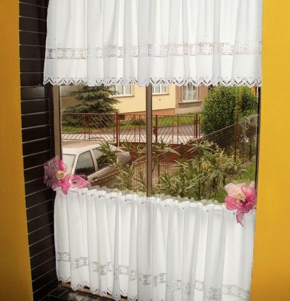 Záclona - výška 30 cm.